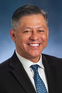 Profile photo of Dr. Juan Araujo